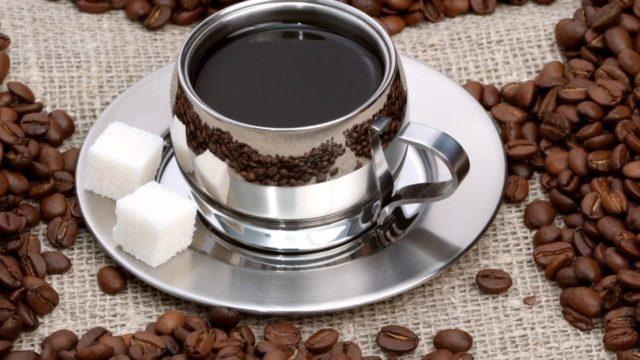 Кофеин также стимулирует повышение выносливости мышечных клеток и их способность к продолжительной физической активности