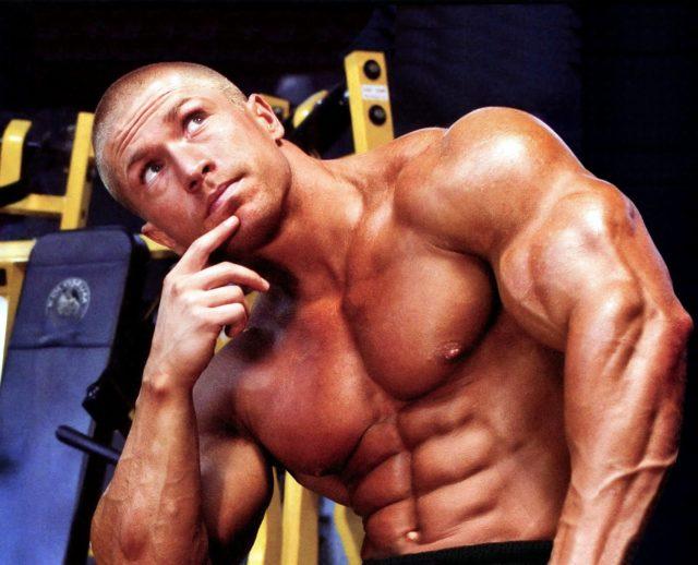 Если основная цель – увеличение мышц, то прием аминокислот необходимо производить до и после занятий